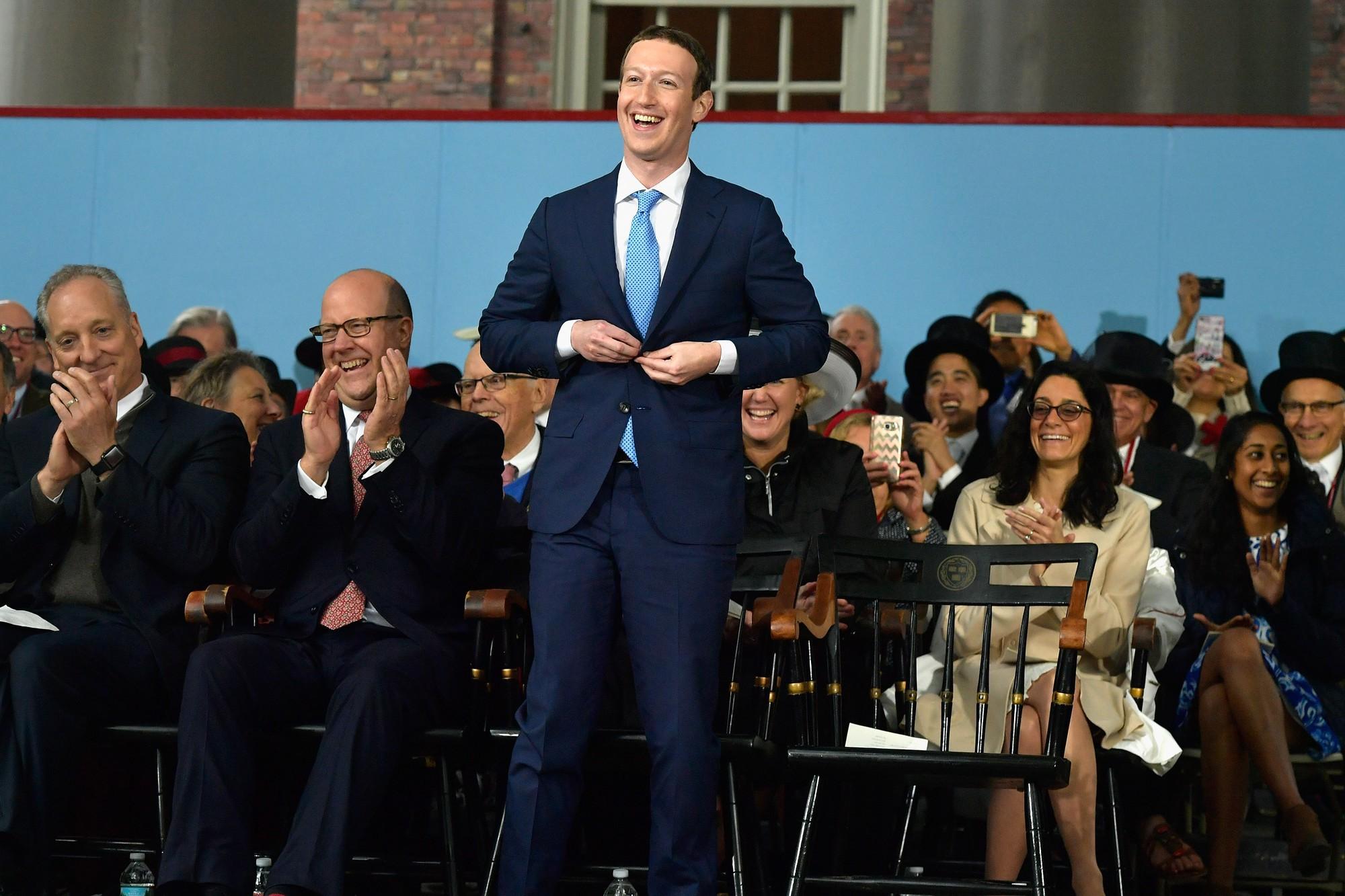Bill Gates, Mark Zuckerberg đã bỏ học và trở thành tỷ phú, nhưng ...