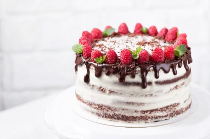 TOP 10 mẫu bánh sinh nhật đẹp và ấn tượng nhất năm 2020