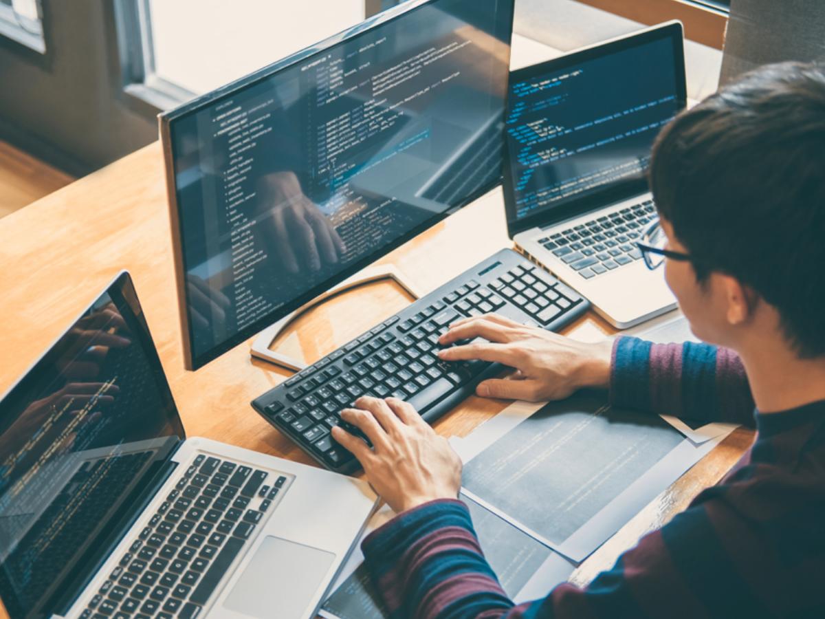 19 Phân loại lập trình viên (developer) bạn nên biết? - JobHopin